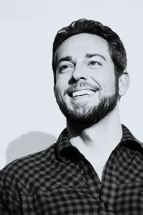 Best 25+ Zachary levi ...