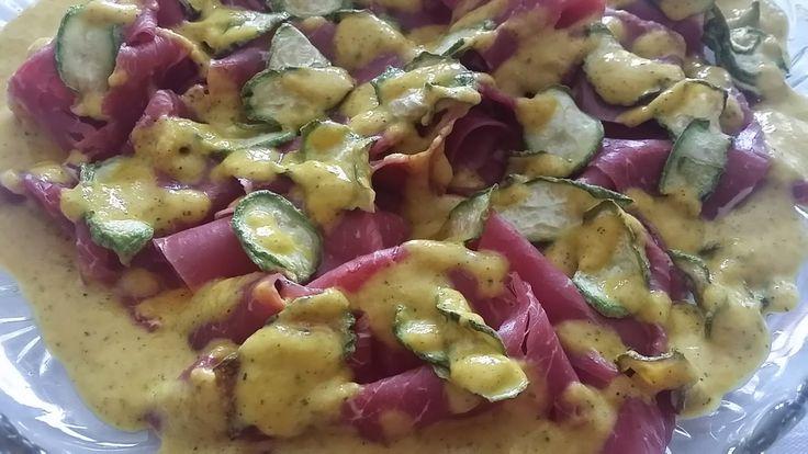 Le Ricette di Valentina: Carpaccio di manzo affumicato con chips di zucchine e maionese di peperone