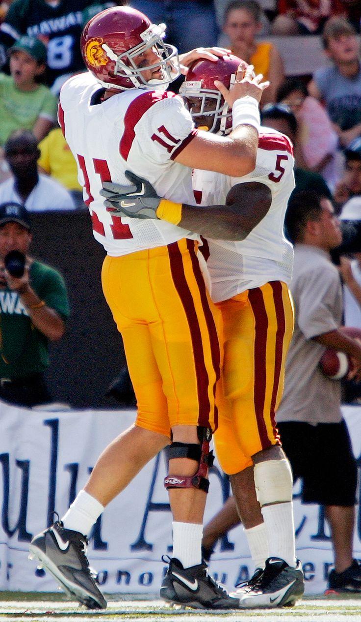 2005: Reggie Bush, RB, USC; 2004: Matt Leinart QB, USC : Heisman Trophy all-time winners