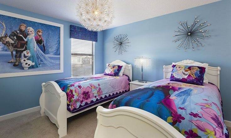 Do your kiddos love #Frozen? Surprise them with this room decorated in the Frozen theme on your next vacation to the Disney area in Florida!