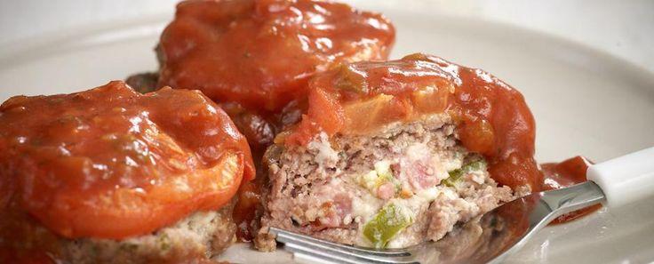 Μπιφτεκάκια γεμιστά με πικάντικη σάλτσα - Knorr.gr