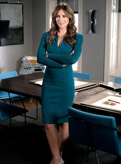 In Season 5 Diana Payne (Elizabeth Hurley) looked regal in Andrew Gn.