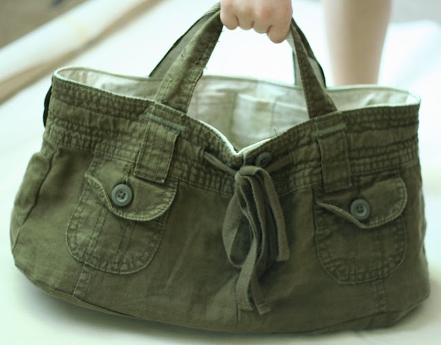 make a bag from shorts