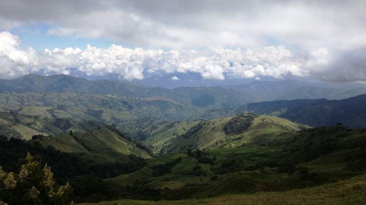Vista de Salamina Caldas, desde la vía a San Felix. 2770 msnm