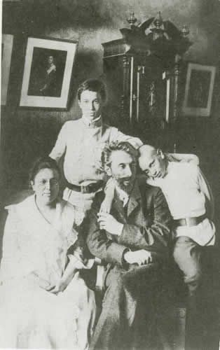 Pasternak (standing) with his family