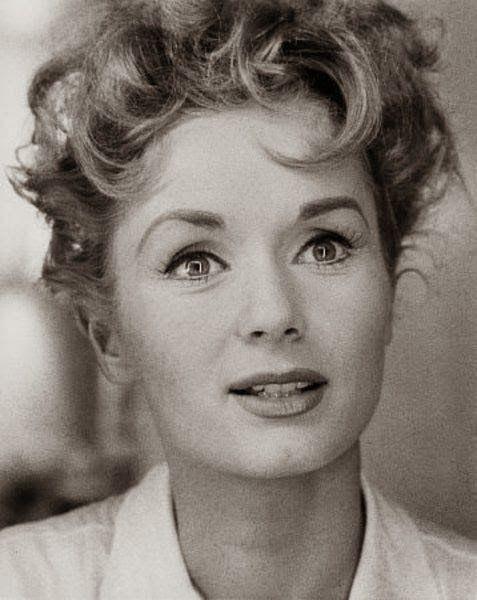 The beautiful & talented Debbie Reynolds