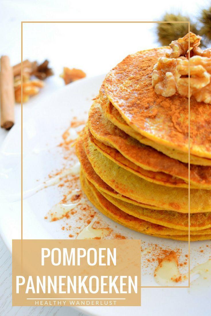 Gezonde pompoen pannenkoeken - Perfect recept voor kinderen en tijdens de koudere herfst dagen! Het recept vind je op Healthy Wanderlust