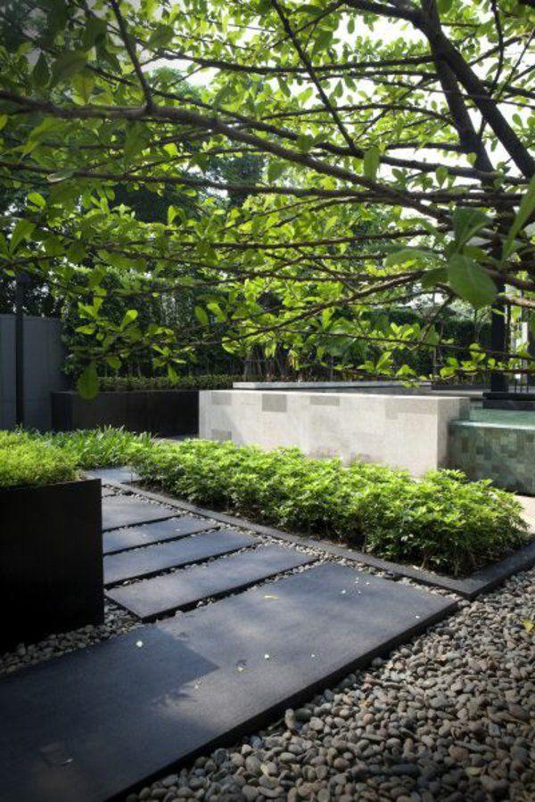 allées de jardin, allée noire et stylée pour votre jardin élégant