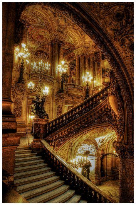 L'opéra de Paris I would love to go here. Beautiful