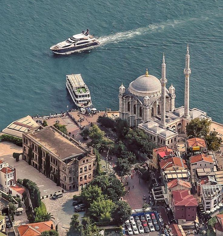 Ortaköy #Istanbul #Turkey  // by Uğur Soyata  (@emrkrm)