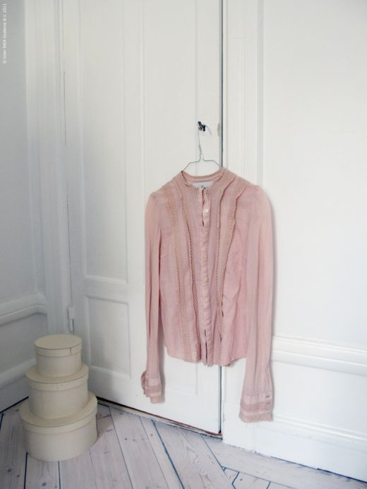 : 79 Ideas, Dreams, Clothes, Dream Decor, White Bedrooms, Beautiful Pink, Daily Dream, Pink Shirts, Bedroom Daily