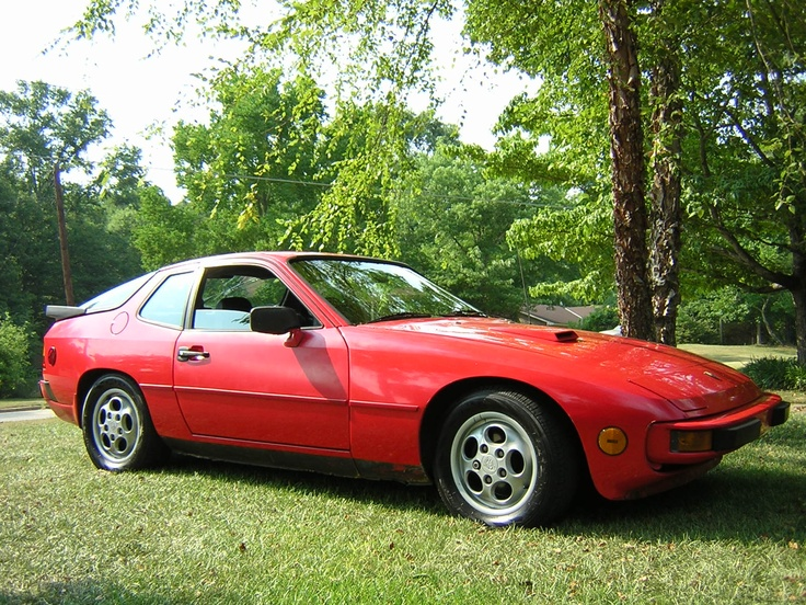 '87 Porsche 924S    I call this my red beast