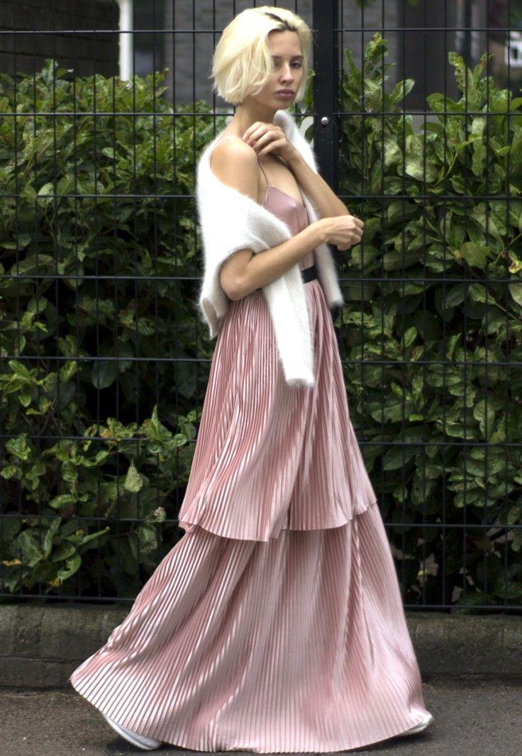 Dusty pink pleated dress