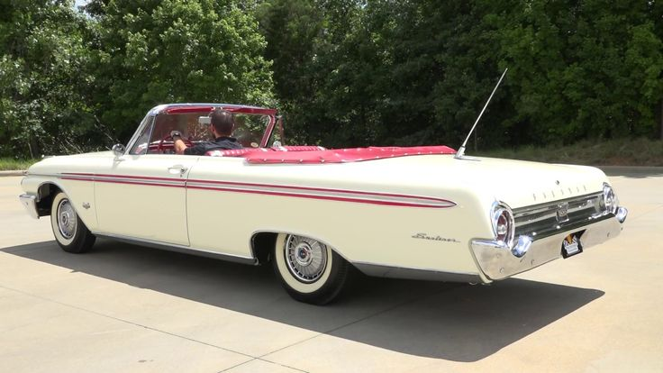 135971 / 1962 Ford Galaxie Sunliner