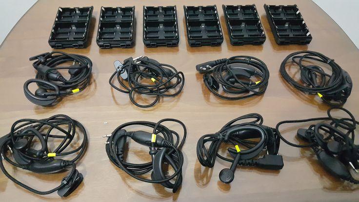 Handsfree and Spare Battery bbcom.id http://www.bridestory.com/handy-talky-rental-bbcom/projects/handsfree-handy-talky