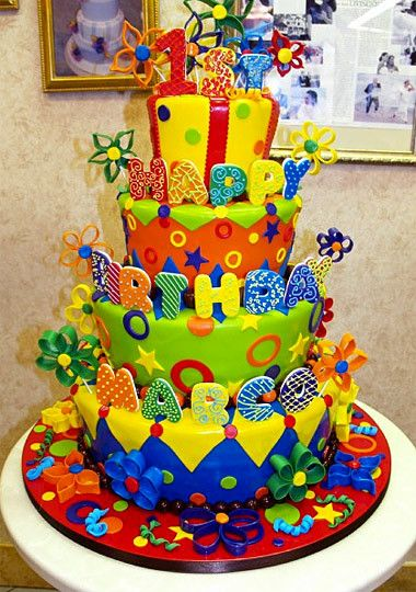 Buddy's Cake Creations Four-Tiered Topsy Turvy Primary Cake