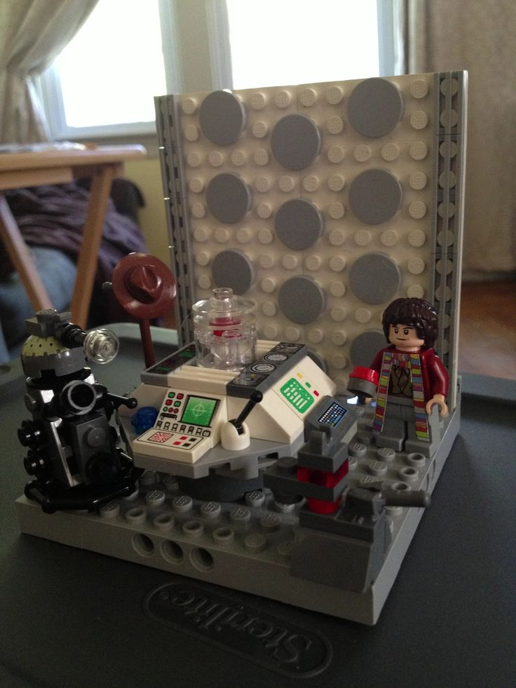 Diy lego doctor who the 4th doctor k9 a dalek and the for Consolle lago