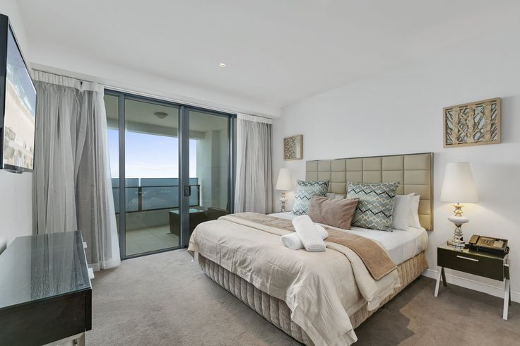 There is plenty to see and do on the Gold Coast and accommodation options are also plentiful. But, enhance your holiday experience all the more, consider booking luxury accommodation in one of the Gold Coasts best hotels