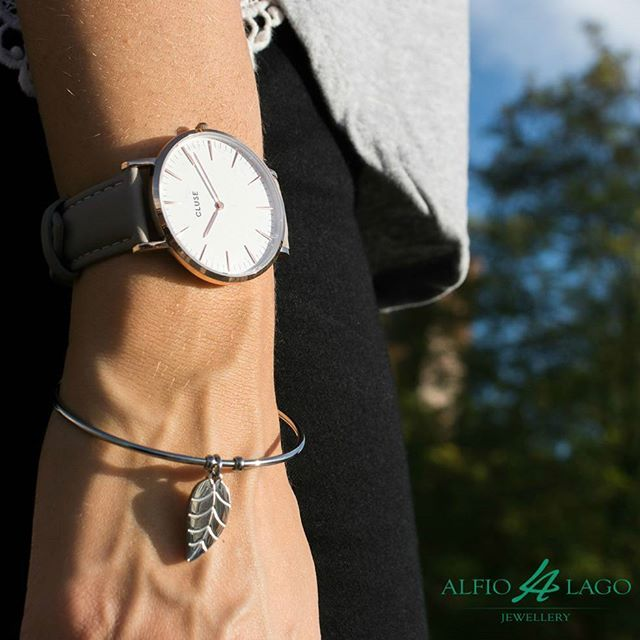 Affronta la settimana con i giusti #accessori: #Cluse e #Kidult, the perfect #match!