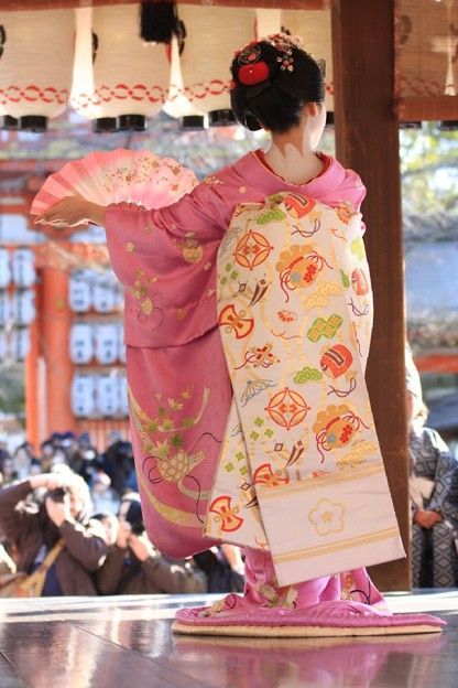 Maiko, Setsubun Festival at Yasaka jinja, Kyoto / 八坂神社の節分祭り 舞妓
