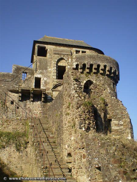 Chateau de Fougères : Tour de Coigny