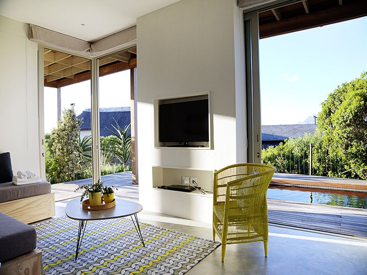 Spectacular views with almost complete floor-to-ceiling glass.
