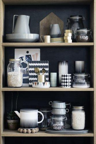 Ferm Living Shop — Tea Pot (Black)