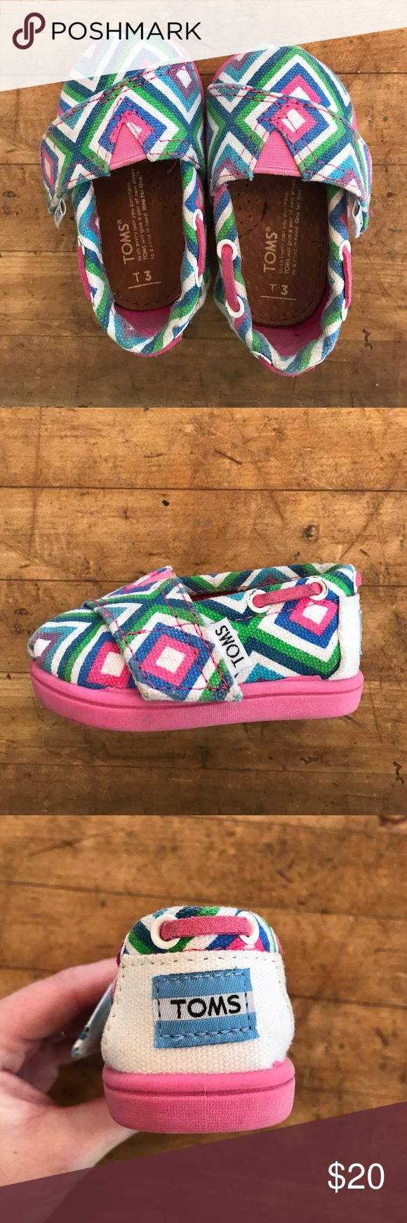 TOMS Velcro sneakers TOMS Velcro side slip on sneakers for girls TOMS Shoes Sneakers