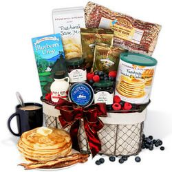 Housewarming Gift Basket | This housewarming basket comes complete with everything from pancake mix to maple syrup for a welcome, hearty breakfast. After all, weekend breakfasts are the best time to linger in the kitchen.