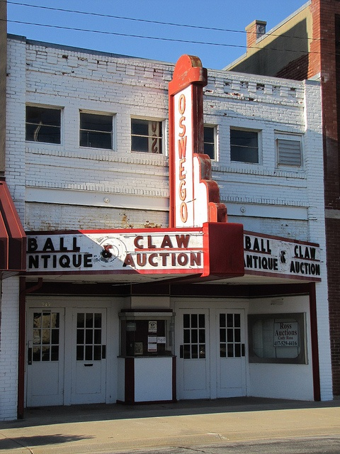 The local movie theater in Oswego, Kansas