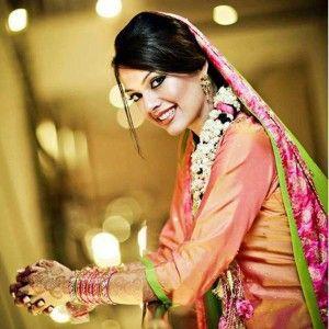 s.Latest-Mehndi-s.Bridal-Wear-2012-2013-1