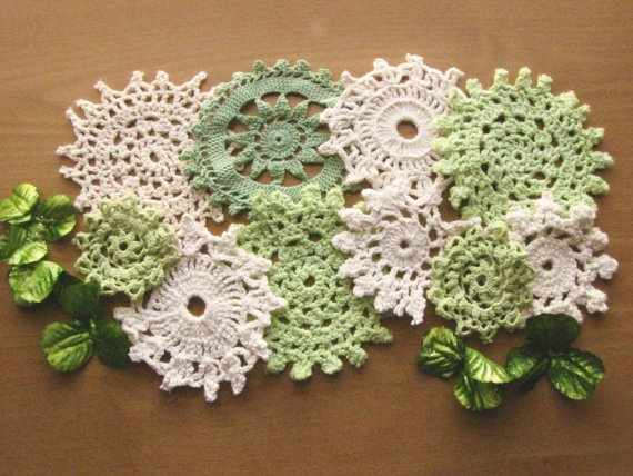 dye a few doilies some shades of green and mix with white for your dining room table for St Patrick's Day