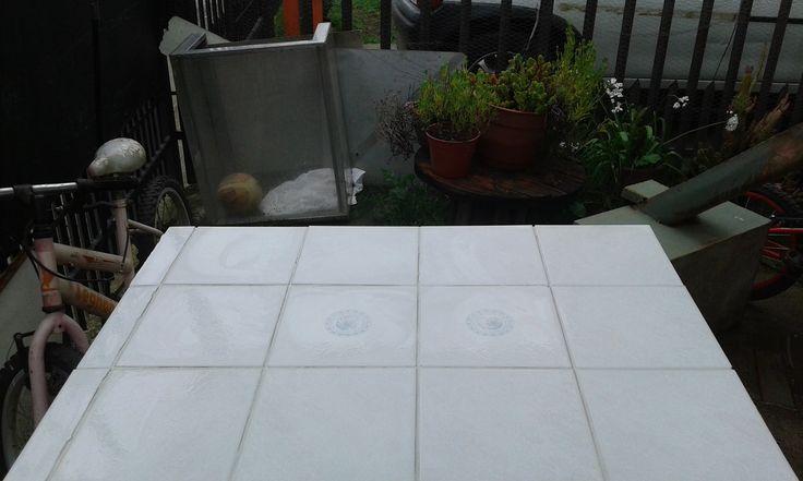 M s de 1000 ideas sobre mesas en mosaico en pinterest cubiertas de mesa en mosaico mosaicos y - Reciclar marmol ...
