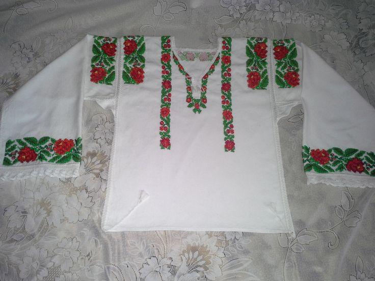 Costum Populara Bucovina- camasa populara stilizata Bucovina