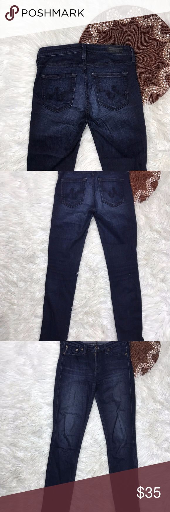AG THE PRIMA CIGARETTE Mid Rise Size 25 Q22 Hemmed See Picture   Tiny Spot On Knee See picture   Top Rated Posh Seller   Pre Owned  * Color(s) may vary slightly from photos  * Refer to photos for detail, photos are considered part of the description Ag Adriano Goldschmied Jeans Skinny