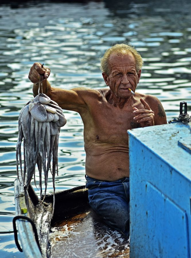 The fisherman with octopus   Grecia