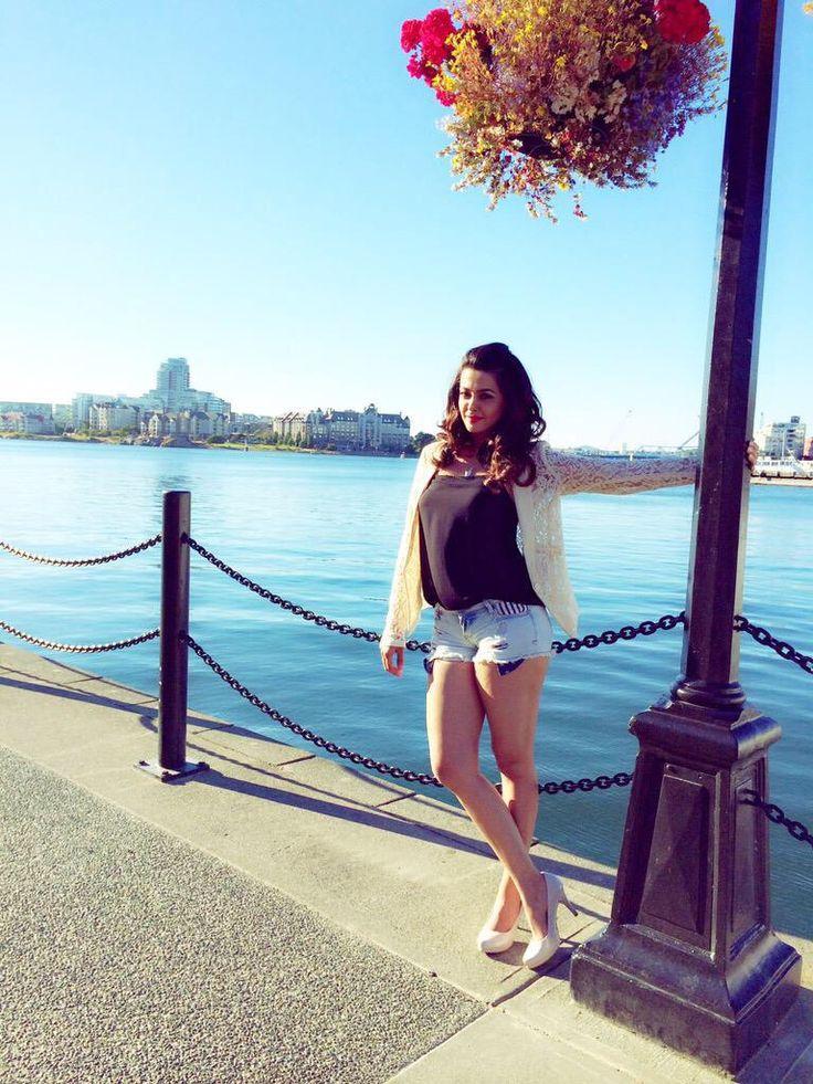 'Bigg Boss Nau': Surveen Chawla denies being part of the show! : Tv Talks