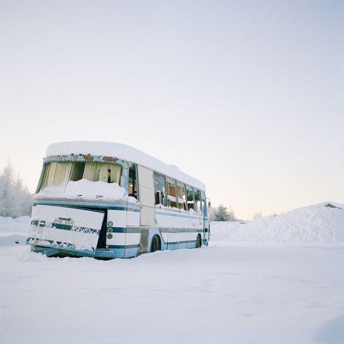 Snowed caravan - Alexandra Bergman