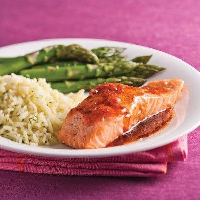 Filets de saumon, sauce balsamique et érable - Soupers de semaine - Recettes 5-15 - Recettes express 5/15 - Pratico Pratique