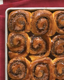 Cinnamon-Nut Buns - An easy recipe for warm, buttery rolls is reinvented into super cinnamon buns. You can easily adjust the filling to suit your taste. Skip the chocolate chips and use more nuts, or substitute another sweet spice for the cinnamon.