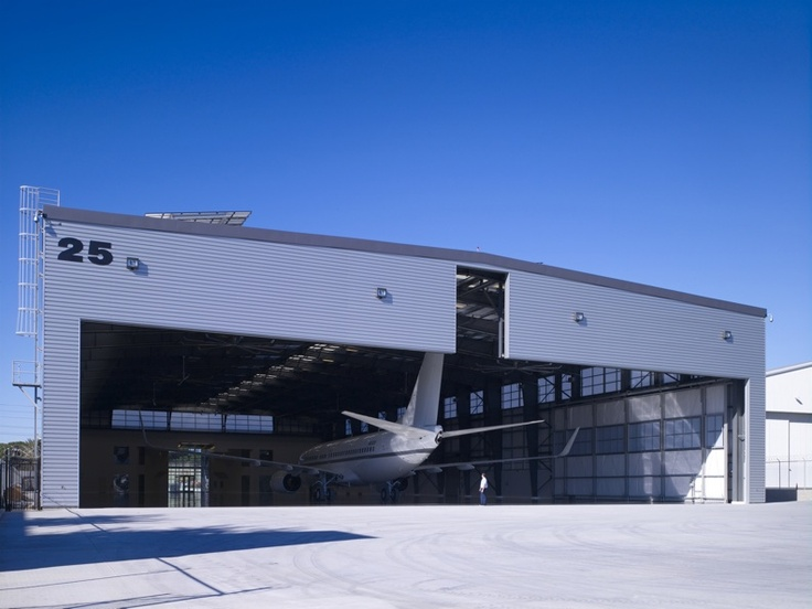 Leed Platinum Airplane Hangar Chooses Metal Sales To Provide Sleek Exterior Aircraft Hangars Pinterest Metals News And Search