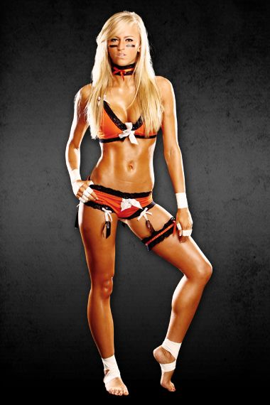 Danielle Moinet Lfl Player Is Now A Wwe Diva Photos