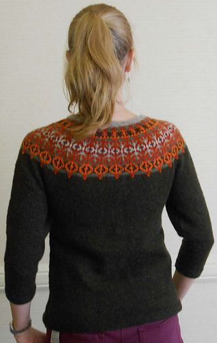 I've always loved this sweater by Janine Bajus. Someday I will make one!