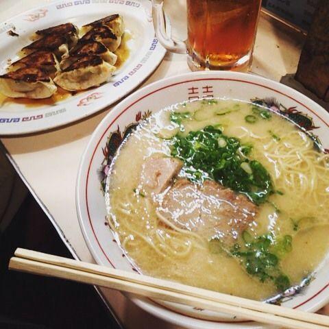 食べなきゃ人生損です!福岡旅行で絶対食べるべきグルメ9選 | RETRIP
