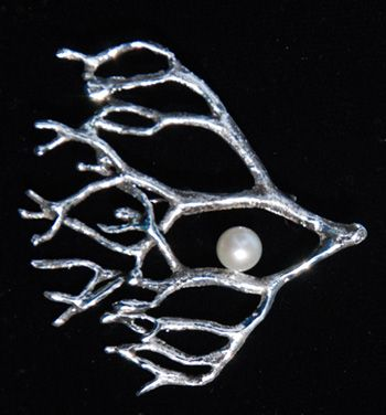Flying Fucus Brooch by Irene Blueth  Sterling Silver and Pearl www.ireneblueth.com