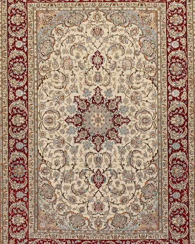 Art From Isfahan The City Of Isfahan Is Home To One Of The Oldest Carpet Weaving Centers In Iran Known For Their Signature M Fine Rugs Old Things Blue Paisley