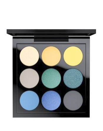 Make-up sieht bald rot aus Make-up Revolution Makellose Folien   – Makeup Collection Must Haves