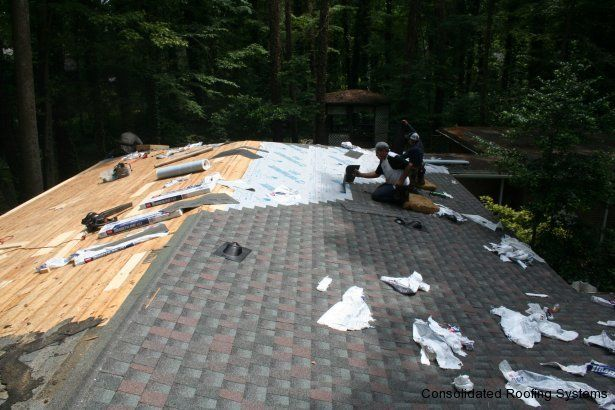 A Crs Crew Installs A Gaf Timberline Hd Shingle In