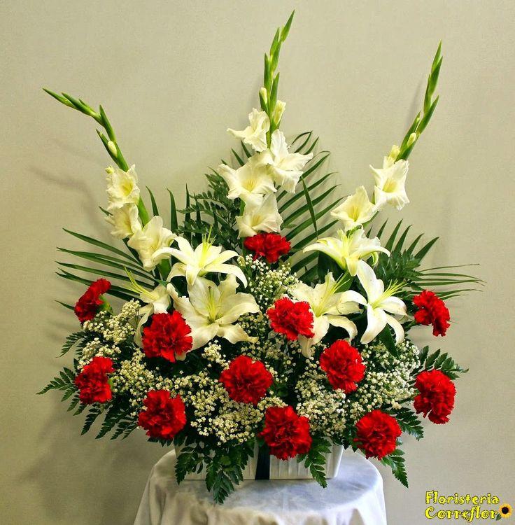 FLORES PARA TODOS LOS SANTOS. Centro Funerario de Clavel Rojo, lilium oriental y gladiolos blancos. Floristería Correflor. 91 695 62 71