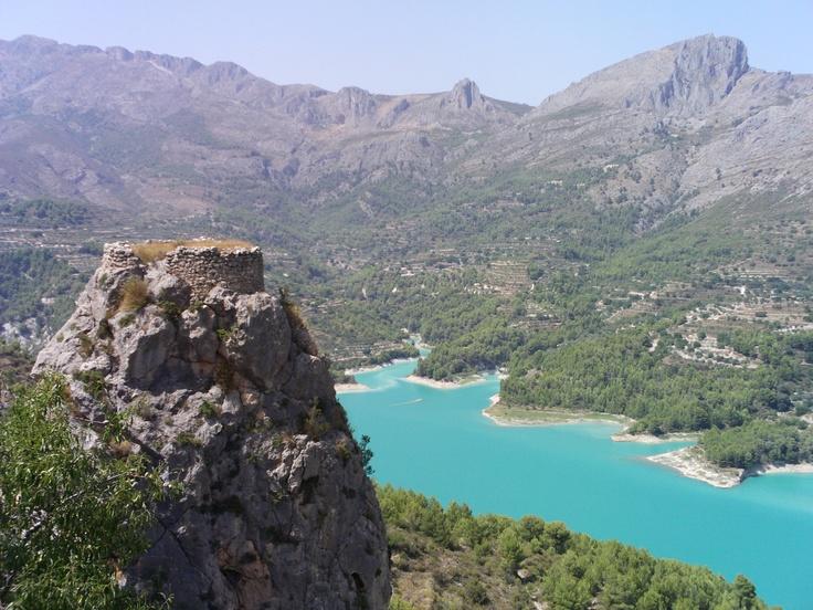 Guadalest: Alicante Spain, Elche Campelloturismo, Alicante Elche, Visitelch Turismoalcoy, Elch Campelloturismo, Places, Alice Elch, Visitelche Turismoalcoy, Campelloturismo Visitelche